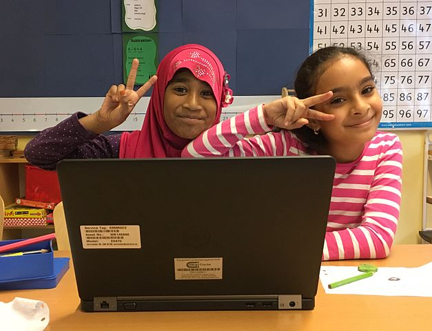 Young students working with WikiWelcome in Stockholm, Sweden.
